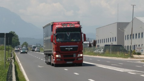 Transportul rutier internaţional, exclus din directiva detaşării