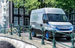 Caravana Iveco Daily Blue Power în România