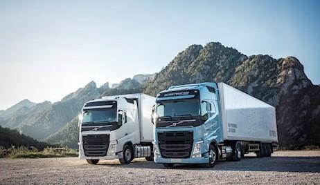 Volvo Trucks lansează noile modele FH LNG și FM LNG