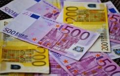 Transportatorii cer suspendarea plății finanțărilor și asigurărilor RCA pentru 3 luni
