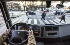 Cum pot fi protejați bicicliștii și pietonii în traficul urban