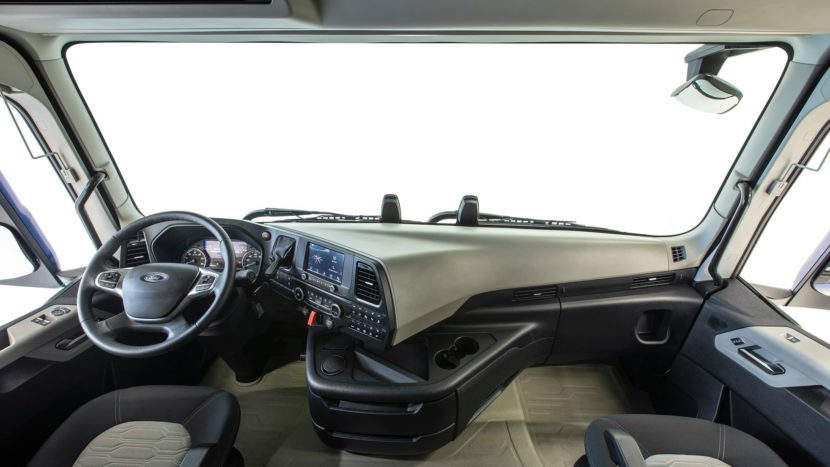 Ford Trucks F-MAX interior