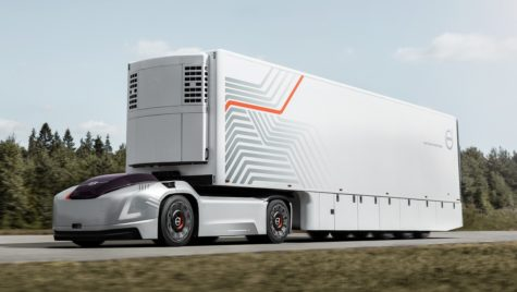 Volvo prezintă un concept de autotractor electric autonom