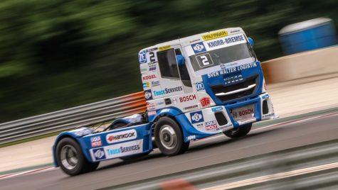Iveco se impune în Campionatul European de curse cu camioane