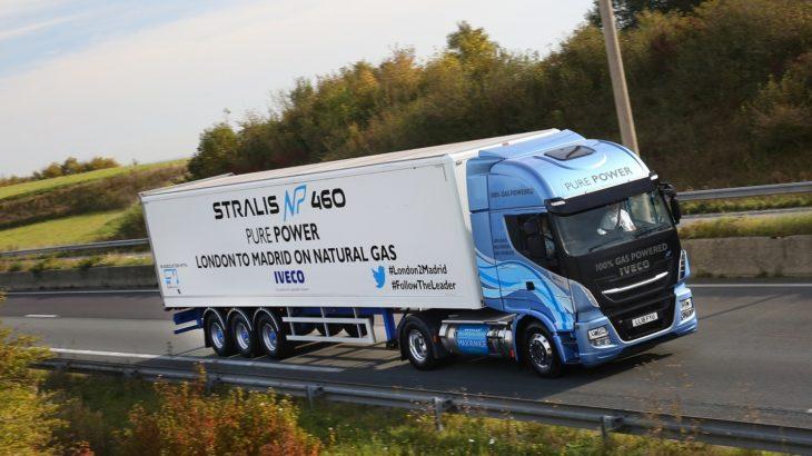 Record pentru Stralis NP 460: 1.728 km cu un plin de LNG