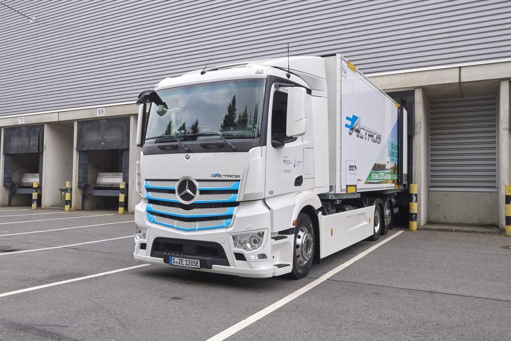 teste cu Mercedes eActros Meyer-Logistik