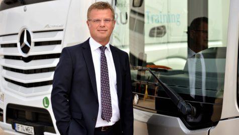 Mercedes-Benz, din nou lider de piață în România