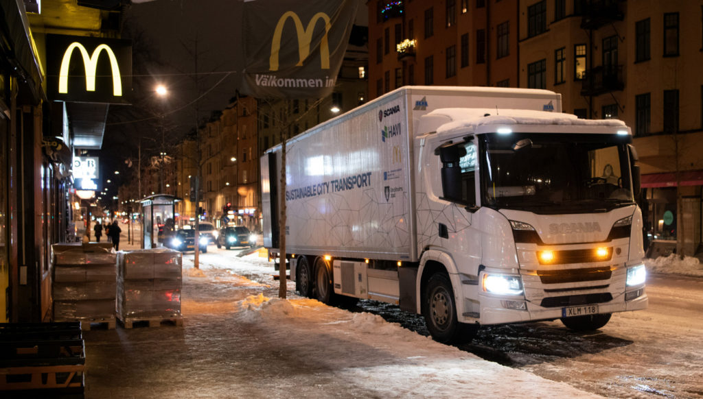 Camion hibrid Scania plug-in HAVI McDonalds Stockholm
