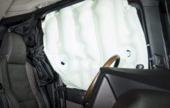Cum funcționează primele airbaguri laterale de pe un camion