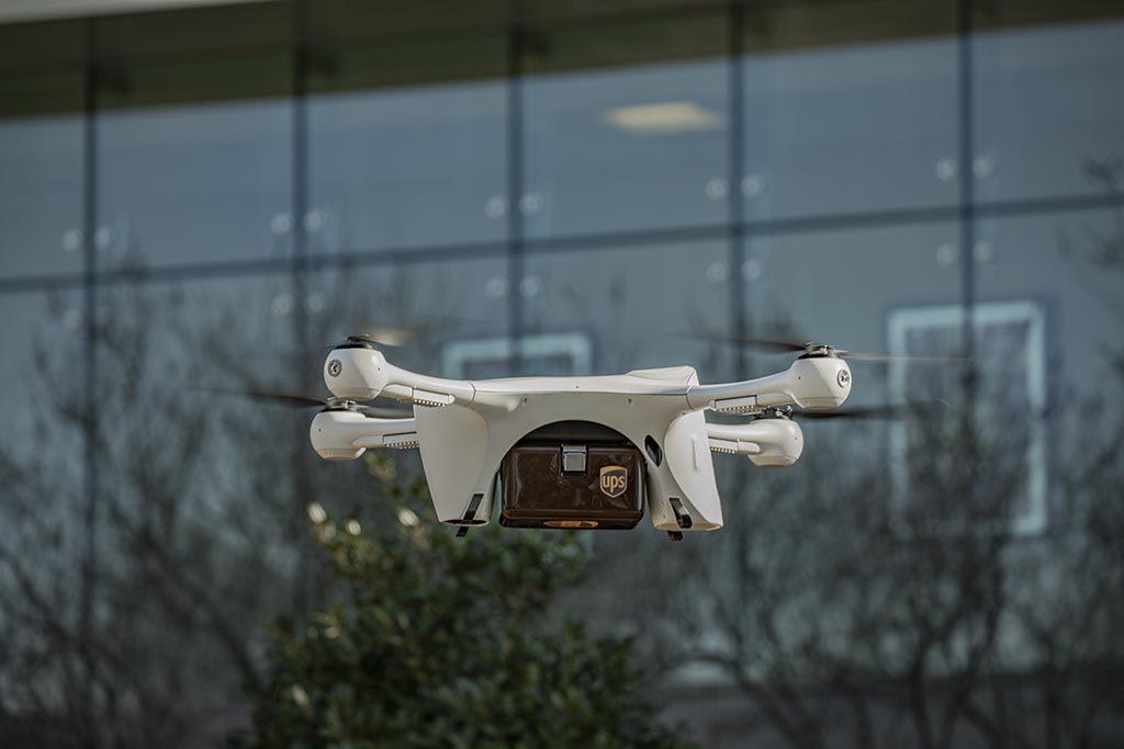UPS transport de probe medicale cu drone