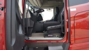 volan maxim sus Ford Trucks F-MAX
