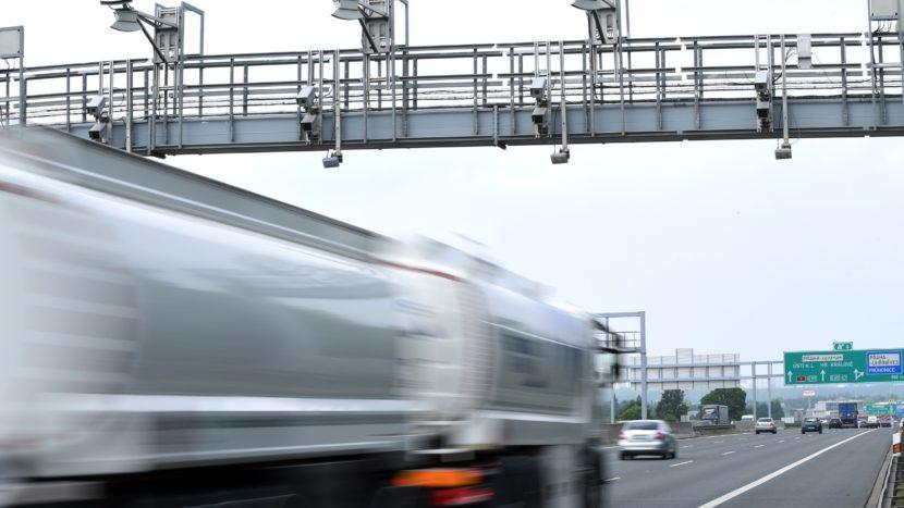 DKV ușurează trecerea la noul sistem de taxare din Cehia