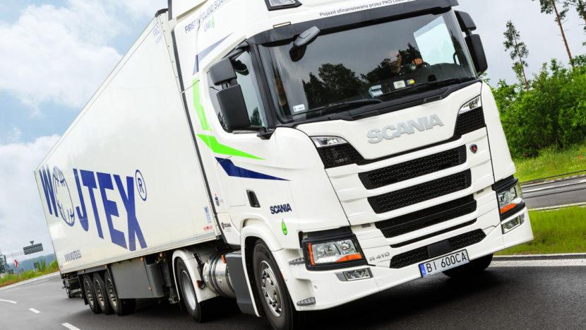 wojtex camion Scania LNG