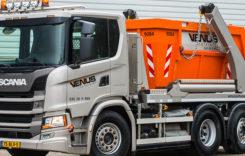 Camion Scania ultrascurt pentru transport de containere