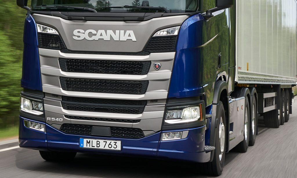 Scania introduce motorul de 13 litri si 540 CP