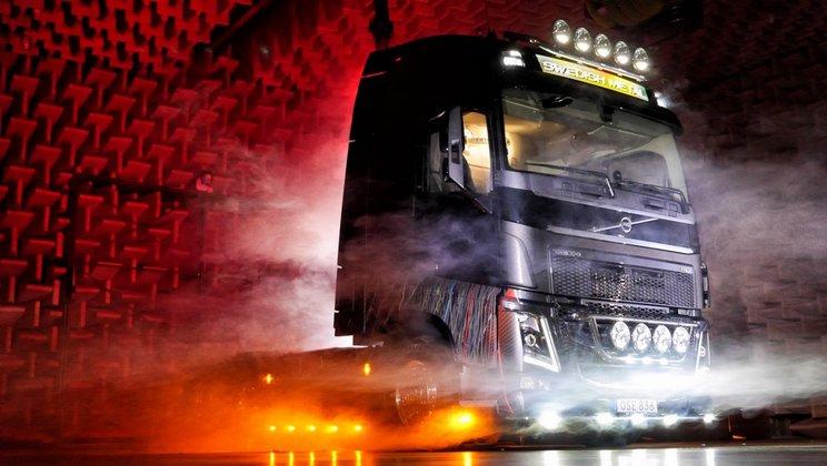 Volvo_Trucks Swedish Metal Truck