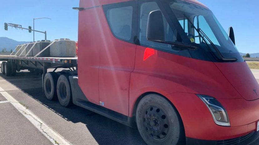 camion electric Tesla Semi teste California