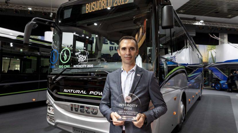 """Al treilea premiu consecutiv """"Sustainable Bus of the Year"""" pentru Iveco"""