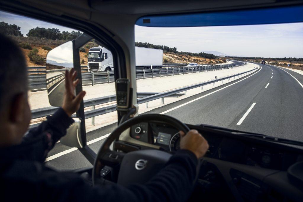 Peste 98% din camioanele din Europa sunt diesel