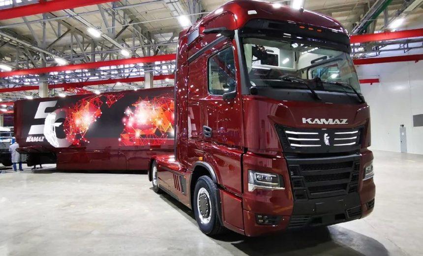 KAMAZ Continent cap tractor