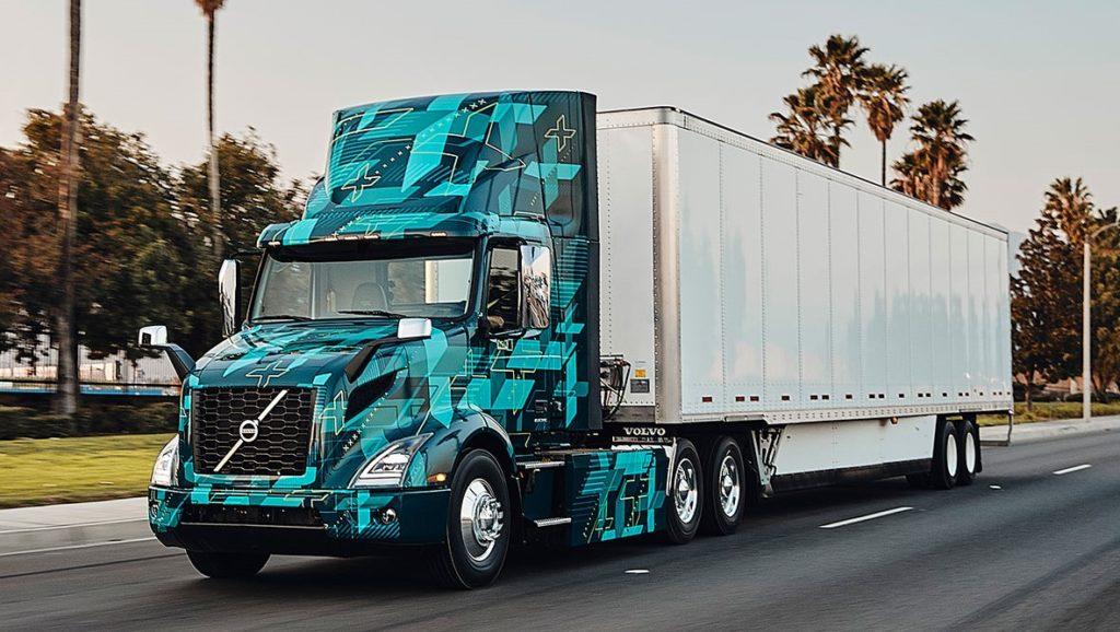 Demonstrație cu primul camion electric greu Volvo în SUA