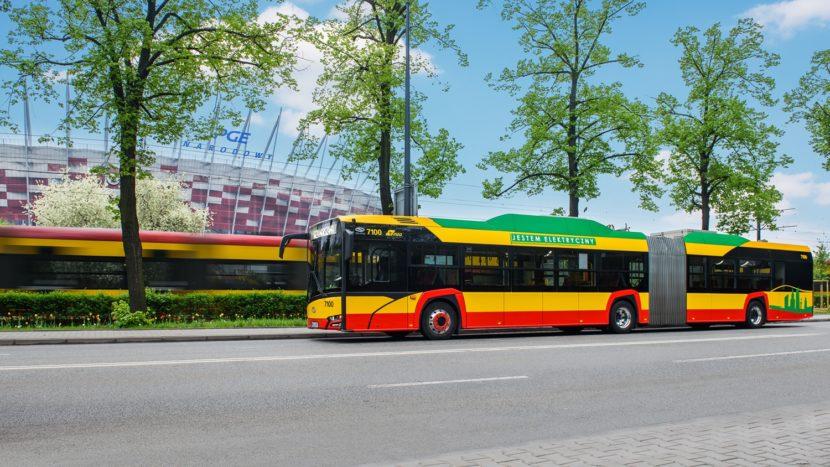 Primul autobuz electric articulat Solaris a intrat în operare
