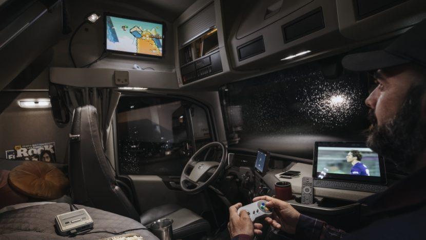 Cum arată interiorul noului Volvo FH