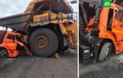 Accident rarisim, între un camion și un utilaj minier
