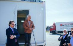 Containere cu toalete și dușuri pentru șoferii de camion