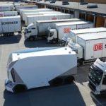 Video: Un singur operator de la distanță pentru mai multe camioane