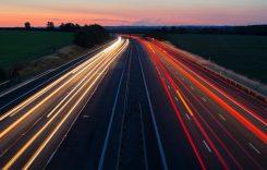 UNTRR: Infrastructura rutieră și așteptarea în vămi împiedică transporturile rutiere eficiente