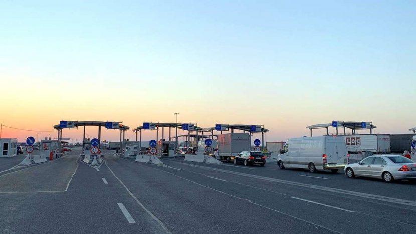 Rutele de tranzit pentru camioane din Ungaria au fost anulate oficial