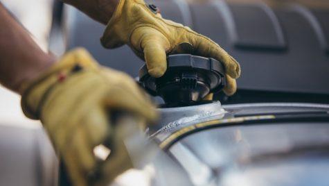Acord: Producătorii europeni de camioane renunță la diesel în 2040