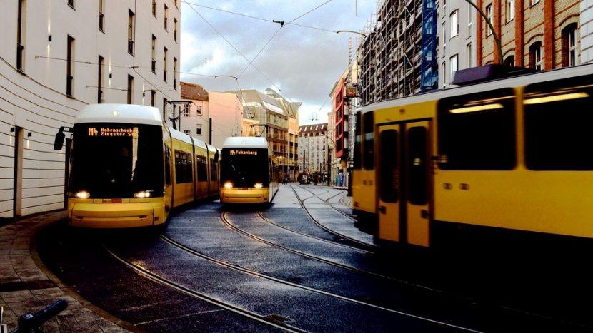 Idei pentru viitor: transport de colete cu tramvaiul și metroul