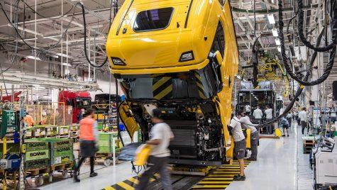 """Toate fabricile Scania sunt alimentate cu electricitate """"verde"""""""