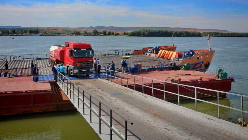 Feribot între România și Ucraina, deocamdată doar pentru camioane