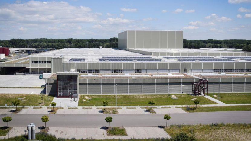 Mercedes-Benz își extinde centrul logistic global din Germersheim