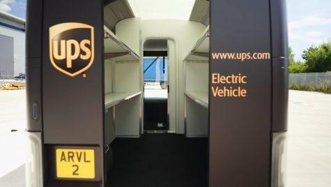 Cum arată Arrival, vanul electric construit special pentru livrări de colete