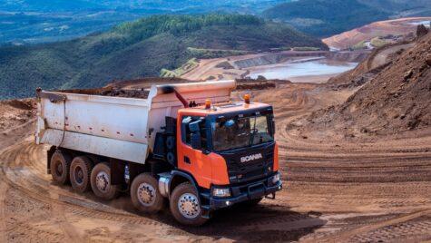 Scania lansează o basculantă XT Heavy de 69 de tone
