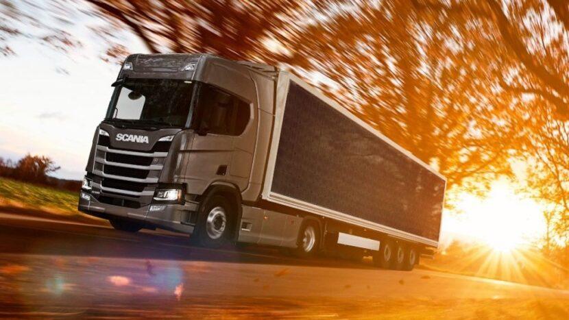 Scania testează remorci cu panouri solare
