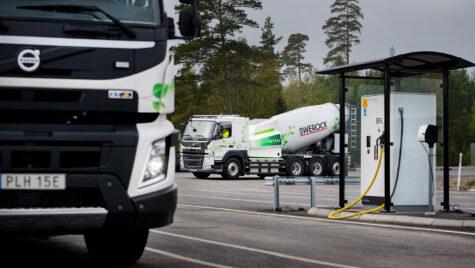 Volvo începe testareacamioanelor electrice pentru construcțiiîn operațiuni reale
