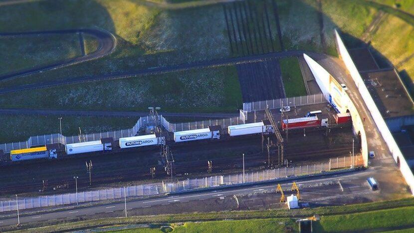 Eurotunnel Border Pass: Șoferul nu va mai prezenta acte la graniță
