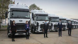 100 de unități Ford Trucks 1842T pentru Tempo Invest