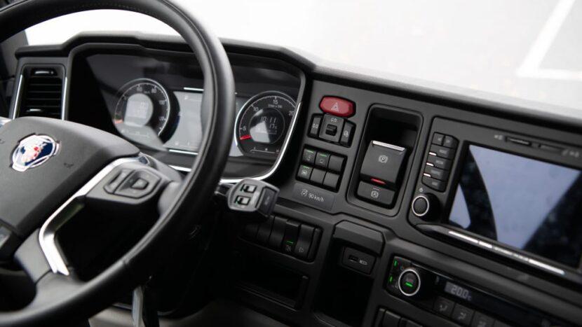 Scania introduce Electric Active Steering și noi sisteme de asistență
