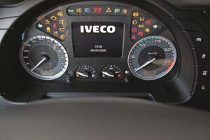 Test Iveco S-Way 480 panou instrumente