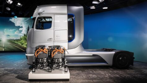 CE aprobă parteneriatul dintre Daimler și Volvo pentru hidrogen