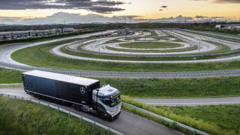 Mercedes-Benz GenH2 Truck pus la încercare